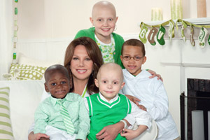 Marlo Thomas with St. Jude Patients