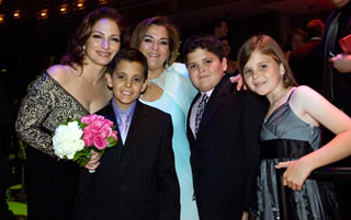 Gloria Estefan and St. Jude patients at the 2008 Angels and Stars Gala.